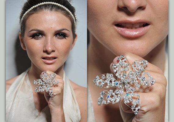 Кольцо-цветок под свадебный букет