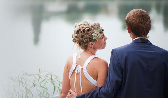 Свадебный венок из природных материалов